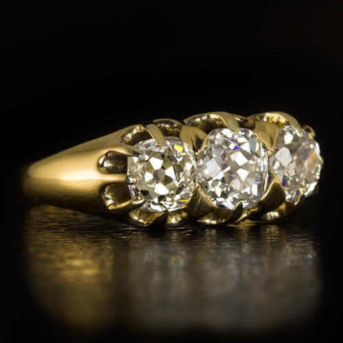 RARE ANTIQUE 1 65ct OLD MINE CUT DIAMOND 3 STONE ENGAGEMENT RING GOLD  COCKTAIL