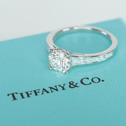 3aa6f4a7f1603 TIFFANY & CO IDEAL CUT 1.91ct G VVS PLATINUM ENGAGEMENT RING BAGUETTE  CERTIFIED